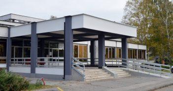 Zatvoreno odjeljenje Klinike za dječije bolesti u Tuzli zbog zaražene medicinske sestre