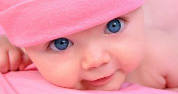 Da li se sve bebe rađaju s plavim očima