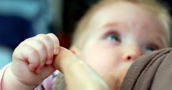 Breastfeeding_fikirbaz_flickr